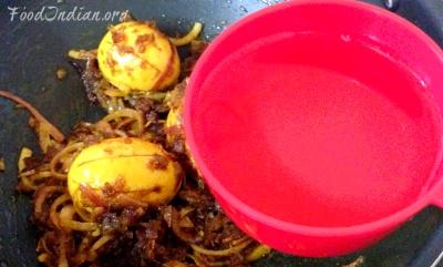 egg do pyaza 12