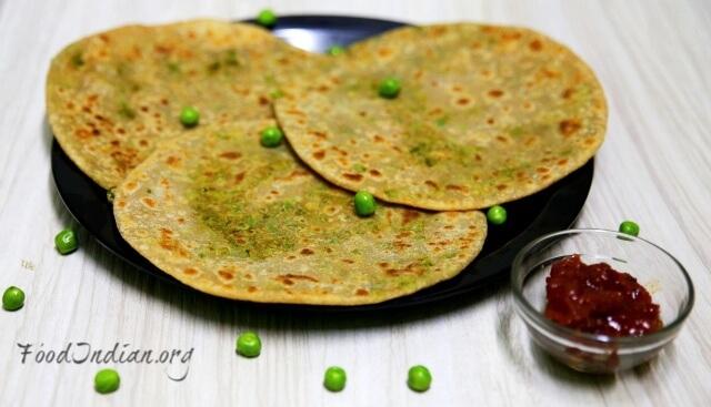 green pea paratha 14