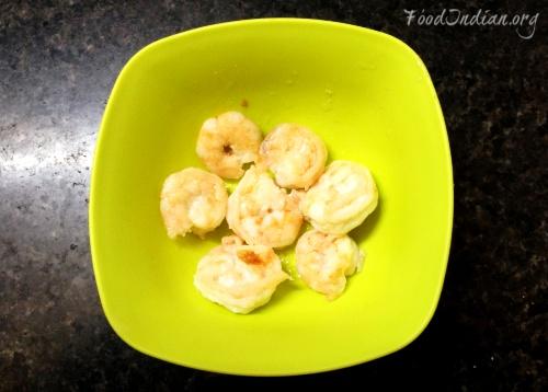 prawn curry with coconut gravy 6